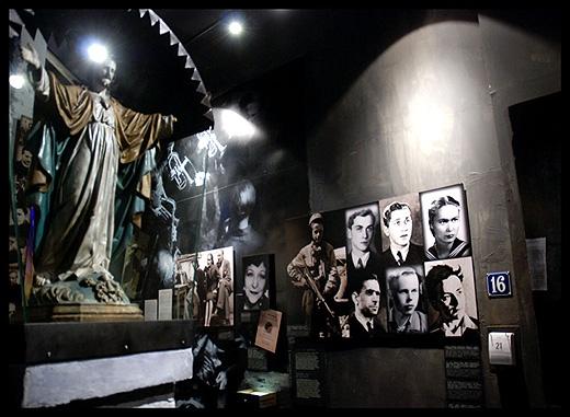 Ekspozycje pochodzące z Muzeum Powstania Warszawskiego